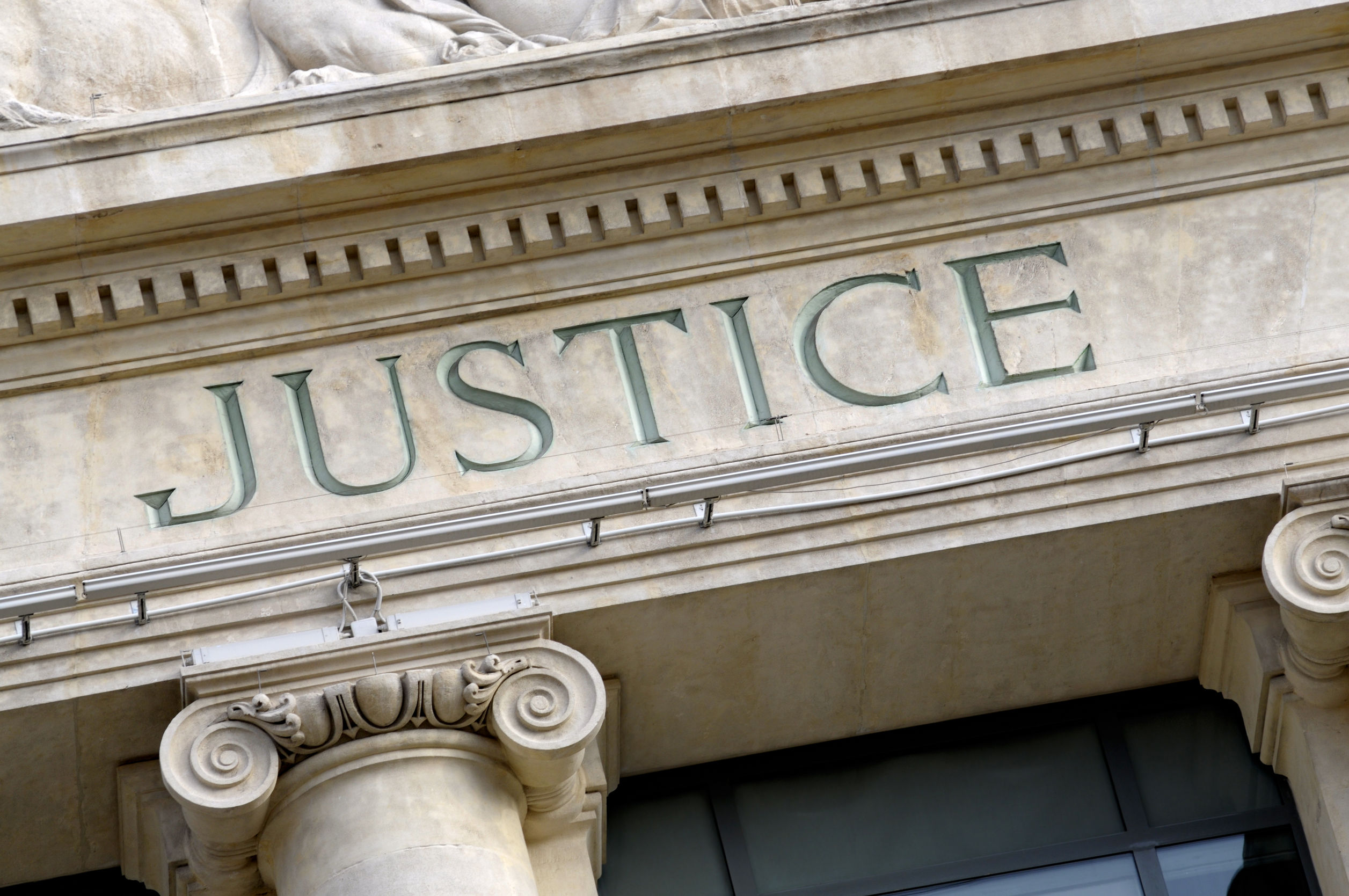 Planting or Tampering with Evidence in a Criminal Trial