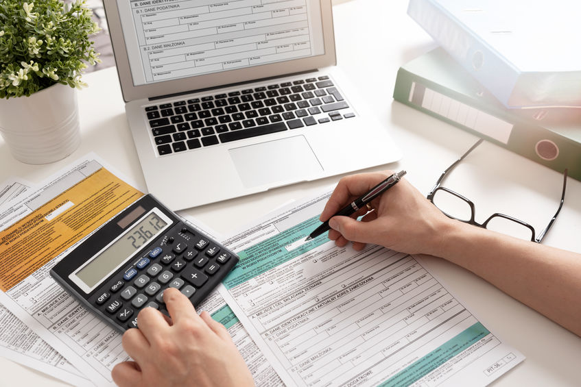 Should You E-File Your Taxes Or Not?